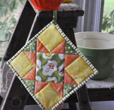 easy potholder tutorial- Jacquelynne Steves