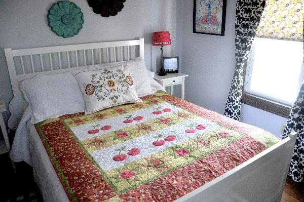 Cherry Quilt pattern, jacquelynne steves, machine applique