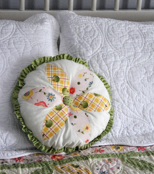 Amelia Orange Peel Block Quilt by Jacquelynne Steves