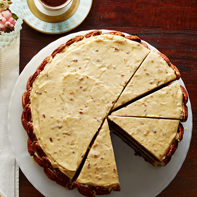 Thanksgiving-chocolate-brown-sugar-butter-cake-spiced-pumpkin-frosting-recipe