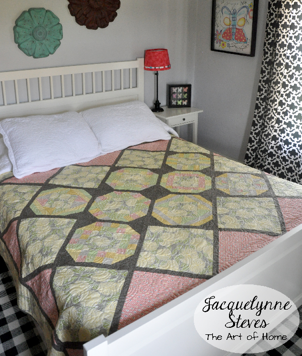 Cozy Afternoon Free Block of the Month Quilt- Jacquelynne Steves