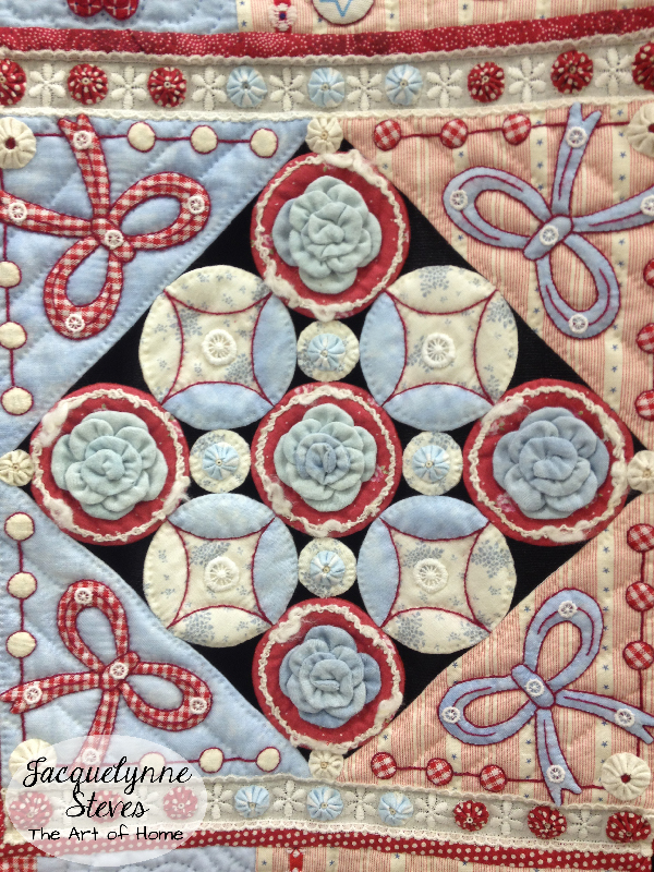 Quilt Market Spring 2015 Exhibit- Joyful Heart by Aki Sakai closeup3