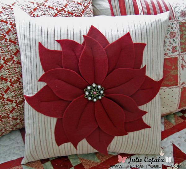 The Crafty Quilter- Poinsettia Pillow