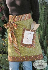 Cute Fall Apron with Embroidered Pocket Tutorial   JacquelynneSteves.com