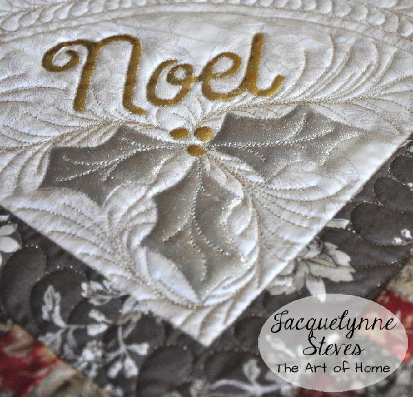 A-NoelVintageTopperCloseup2-JacquelynneSteves