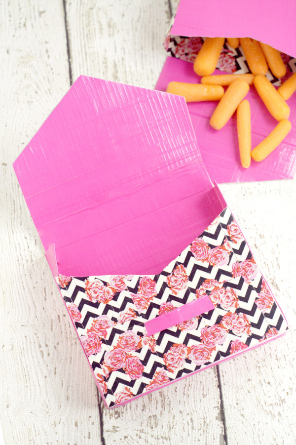 Duct-Tape-Lunch-Bags-25-600x901