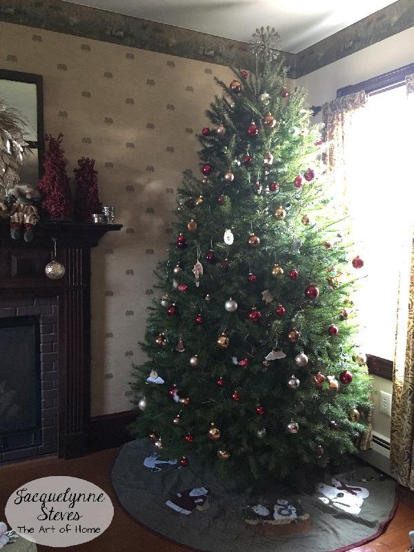 christmastree-jacquelynnesteves