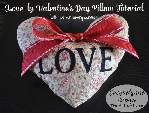 Love-ly Valentine's Day Pillow Tutorial Plus tips for sewing curves!