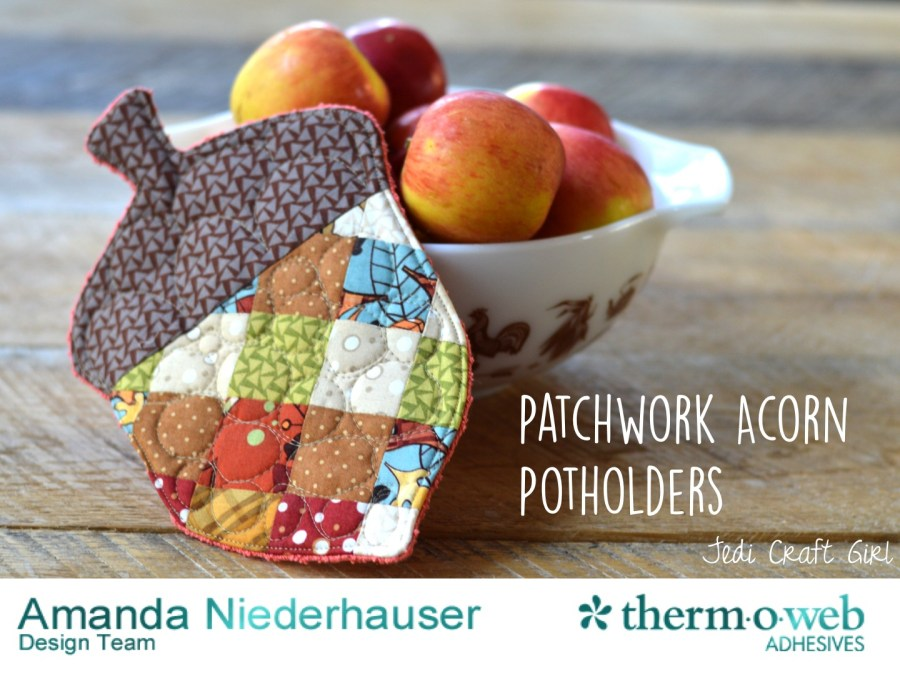 Free Patchwork Acorn Potholder Pattern - great for Fall and Thanksgiving!