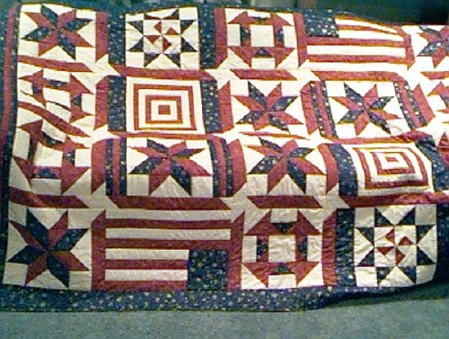 Tremendous 21 Free Red White And Blue Quilt Patterns Jacquelynne Steves Home Interior And Landscaping Eliaenasavecom